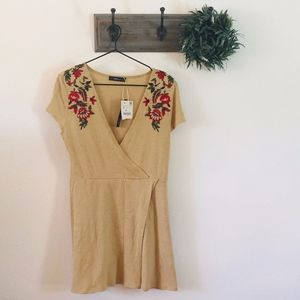 NWT Zara Tan Floral Embroidered Wrap Dress S